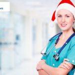 zdrowie w prezencie - pielęgniarka w czapce mikołaja